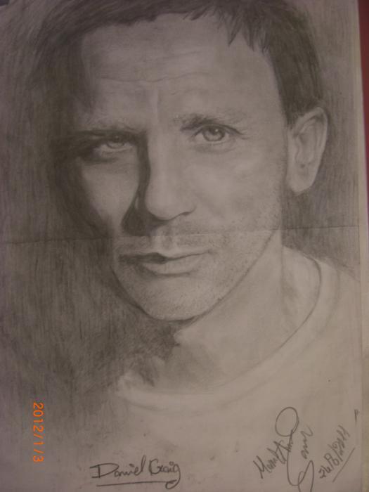Daniel Craig by manal